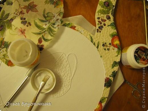 """Мастер-класс, Поделка, изделие Декупаж: Часы"""" Приглашаем на чай"""" Салфетки, Скорлупа яичная, Фанера. Фото 12"""