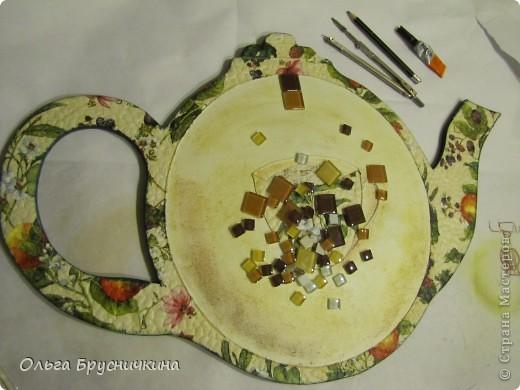 """Мастер-класс, Поделка, изделие Декупаж: Часы"""" Приглашаем на чай"""" Салфетки, Скорлупа яичная, Фанера. Фото 17"""