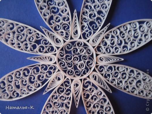Мастер-класс Квиллинг: Снежинки. Бумажные полосы Новый год. Фото 7