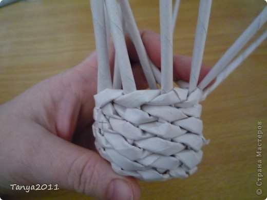 Мастер-класс Плетение: Плетём из газет оленя. Часть 2. Бумага газетная. Фото 39