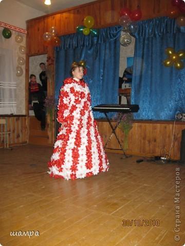 Гардероб: Конкурсное платье на осенний бал Отдых.  Фото 3.