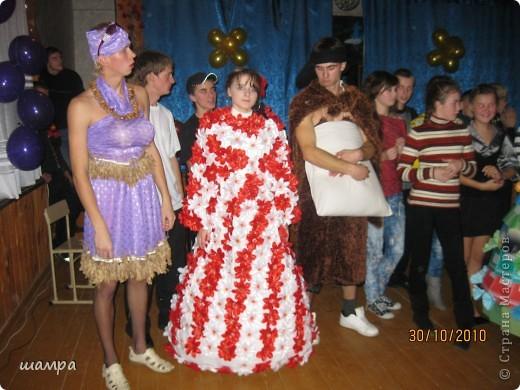Гардероб: Конкурсное платье на осенний бал Отдых.  Фото 5.