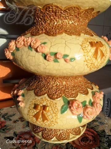 """Приветствую всех жителей """"Страны мастеров""""!  Хочу показать вам вазу из папье-маше.Это первое моё творение и сделана она, для украшения моего интерьера. Высота вазы 60см, в диаметре 25см. Очень хотелось приблизить к фарфору, но навыка нет. Натуральный цвет, сфотографировать мне не удалось.. Фото 3"""