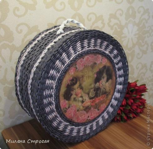 Мастер-класс Декупаж, Плетение: Шляпная коробка Бумага газетная, Салфетки. Фото 1