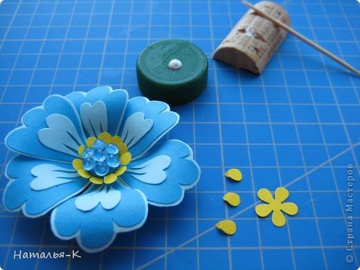 Цветок на картоне своими руками