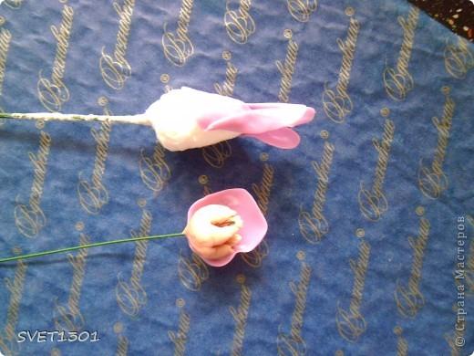 Слепила махровые пионы и по ходу работы сфотографировала процесс лепки цветка . . Фото 5