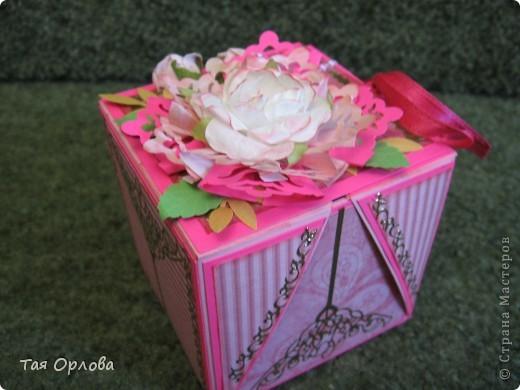 Открытка, Скрапбукинг, Упаковка Аппликация, Ассамбляж: Маленькая коробочка для подарка Бумага, Ленты 8 марта, День рождения. Фото 1