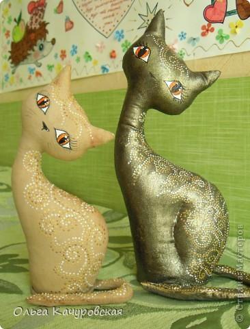 Игрушка, Мастер-класс Шитьё: А у нас теперь кошки живут! Ткань 8 марта, Валентинов день, День рождения. Фото 2