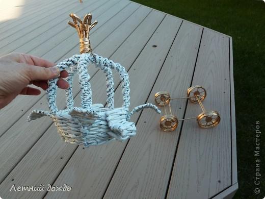 Поделка, изделие Плетение: Карета - конфетница. Маленький МК Бумага газетная Дебют. Фото 6