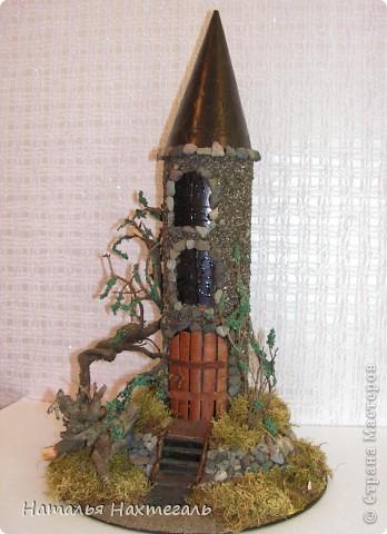 Замок из природного материала