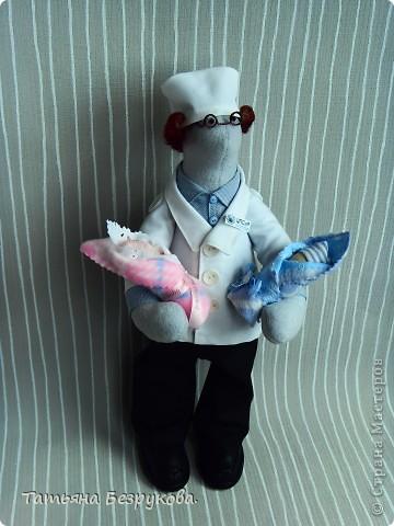 Игрушка, Куклы Шитьё: Подарок доктору. Ткань День защиты детей. Фото 5