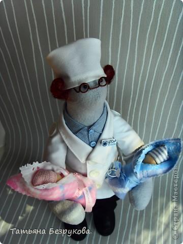 Игрушка, Куклы Шитьё: Подарок доктору. Ткань День защиты детей. Фото 1