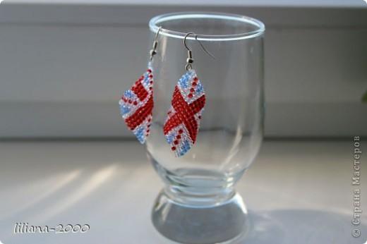серьги из бисера британский флаг