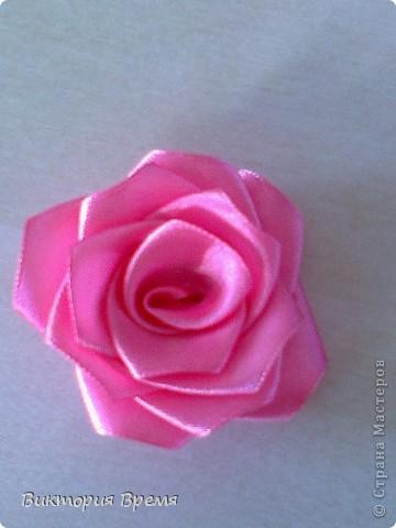 Мастер-класс Цумами Канзаши: МК розы для топиария Ленты. Фото 1