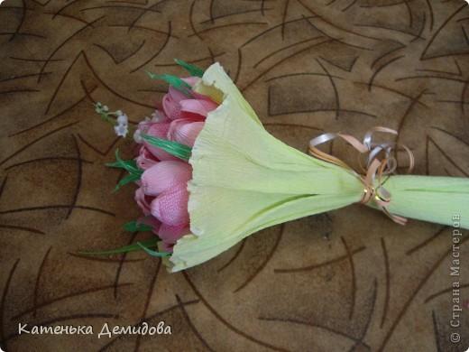 Как упаковывать цветы в гофрированную бумагу 85