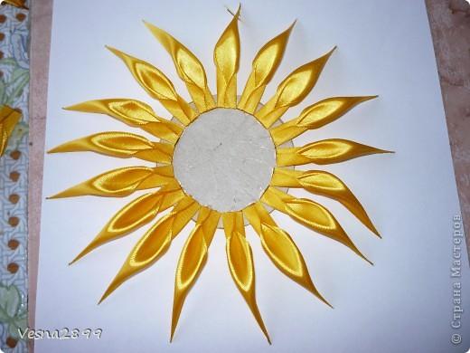 Мастер-класс Цумами Канзаши: МК хризантемы Ленты. Фото 9
