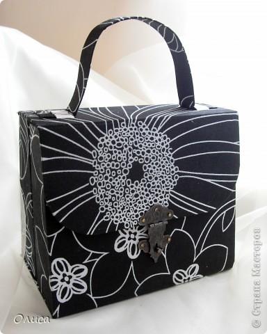 Поделка, изделие Моделирование: Шкатулка сумочка. Картонаж. Картон, Ткань. Фото 2