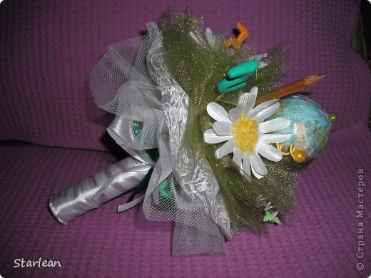 Мастер-класс Моделирование: букетик ко дню учителя с ромашками Ткань День учителя. Фото 16