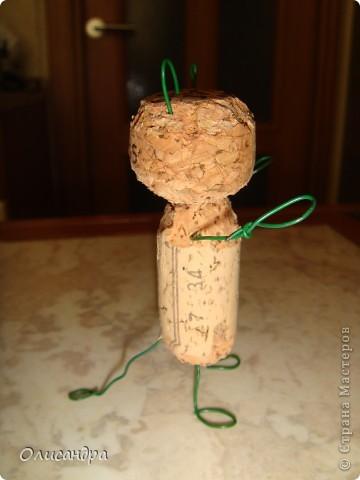"""Здравствуйте! Здравствуйте! Здравствуйте! Сегодня хочу показать Вам мое новое увлечение... игрушки-мотанки... Если эта техника Вас заинтересует, то необходимые мастер-классы найдете здесь...  <a href=""""http://www.liveinternet.ru/users/3909035/rubric/2100167"""" title=""""http://www.liveinternet.ru/users/3909035/rubric/2100167"""">http://www.liveinternet.ru/users/3909035/rubric/2100167</a>  А мои игрушки сделаны по этому МК <a href=""""http://mastera-rukodeliya.ru/raznoe/1510-sherstyanushki.html"""" title=""""http://mastera-rukodeliya.ru/raznoe/1510-sherstyanushki.html"""">http://mastera-rukodeliya.ru/raznoe/1510-sherstyanushki.html</a> только потом обратила внимание, что Светлячок и К """"живет"""" в нашей Стране Мастеров и этот МК скопирован из ее блога <a href=""""http://stranamasterov.ru/node/178799?t=451"""" title=""""http://stranamasterov.ru/node/178799?t=451"""">http://stranamasterov.ru/node/178799?t=451</a>  теперь ее НИК ... Каночкина Светлана. Фото 9"""