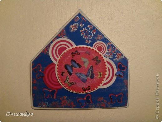 """МК по закладкам   <a href=""""http://scraphouse.ru/masterclass/flowers-and-decorations/beautiful-bookmarks-for-book.html"""" title=""""http://scraphouse.ru/masterclass/flowers-and-decorations/beautiful-bookmarks-for-book.html"""">http://scraphouse.ru/masterclass/flowers-and-decorations/beautiful-bookm...</a> Внизу еще несколько полезных ссылок... ************************************************************************************************************** Тема бабочек, которую я начала в открытках, неисчерпаема... <a href=""""http://stranamasterov.ru/node/401329"""" title=""""http://stranamasterov.ru/node/401329"""">http://stranamasterov.ru/node/401329</a> <a href=""""http://stranamasterov.ru/node/404588"""" title=""""http://stranamasterov.ru/node/404588"""">http://stranamasterov.ru/node/404588</a> <a href=""""http://stranamasterov.ru/node/428247"""" title=""""http://stranamasterov.ru/node/428247"""">http://stranamasterov.ru/node/428247</a>  Поэтому решила продолжить """"эксплуатацию этих красивых насекомых"""" и в закладочках тоже... Несмотря на то, что мое скрап-увлечение постепенно """"обрастает"""" необходимыми материалами и инструментами, продолжаю экспериментировать также и  с бросовыми материалами и подручными инструментами... . Фото 12"""