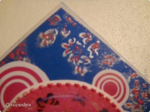 """МК по закладкам   <a href=""""http://scraphouse.ru/masterclass/flowers-and-decorations/beautiful-bookmarks-for-book.html"""" title=""""http://scraphouse.ru/masterclass/flowers-and-decorations/beautiful-bookmarks-for-book.html"""">http://scraphouse.ru/masterclass/flowers-and-decorations/beautiful-bookm...</a> Внизу еще несколько полезных ссылок... ************************************************************************************************************** Тема бабочек, которую я начала в открытках, неисчерпаема... <a href=""""http://stranamasterov.ru/node/401329"""" title=""""http://stranamasterov.ru/node/401329"""">http://stranamasterov.ru/node/401329</a> <a href=""""http://stranamasterov.ru/node/404588"""" title=""""http://stranamasterov.ru/node/404588"""">http://stranamasterov.ru/node/404588</a> <a href=""""http://stranamasterov.ru/node/428247"""" title=""""http://stranamasterov.ru/node/428247"""">http://stranamasterov.ru/node/428247</a>  Поэтому решила продолжить """"эксплуатацию этих красивых насекомых"""" и в закладочках тоже... Несмотря на то, что мое скрап-увлечение постепенно """"обрастает"""" необходимыми материалами и инструментами, продолжаю экспериментировать также и  с бросовыми материалами и подручными инструментами... . Фото 13"""