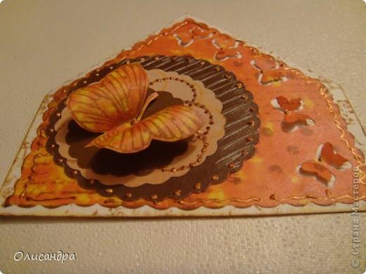 """МК по закладкам   <a href=""""http://scraphouse.ru/masterclass/flowers-and-decorations/beautiful-bookmarks-for-book.html"""" title=""""http://scraphouse.ru/masterclass/flowers-and-decorations/beautiful-bookmarks-for-book.html"""">http://scraphouse.ru/masterclass/flowers-and-decorations/beautiful-bookm...</a> Внизу еще несколько полезных ссылок... ************************************************************************************************************** Тема бабочек, которую я начала в открытках, неисчерпаема... <a href=""""http://stranamasterov.ru/node/401329"""" title=""""http://stranamasterov.ru/node/401329"""">http://stranamasterov.ru/node/401329</a> <a href=""""http://stranamasterov.ru/node/404588"""" title=""""http://stranamasterov.ru/node/404588"""">http://stranamasterov.ru/node/404588</a> <a href=""""http://stranamasterov.ru/node/428247"""" title=""""http://stranamasterov.ru/node/428247"""">http://stranamasterov.ru/node/428247</a>  Поэтому решила продолжить """"эксплуатацию этих красивых насекомых"""" и в закладочках тоже... Несмотря на то, что мое скрап-увлечение постепенно """"обрастает"""" необходимыми материалами и инструментами, продолжаю экспериментировать также и  с бросовыми материалами и подручными инструментами... . Фото 3"""