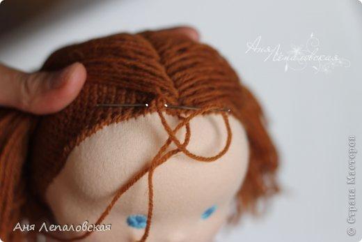 Как пришивают волосы вальдорфским куклами
