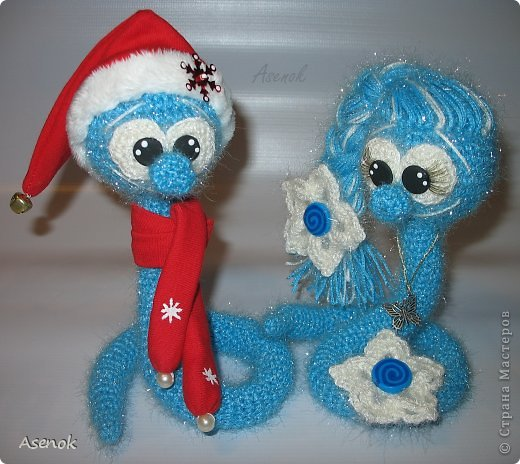 Игрушка Вязание крючком: Девчоночки и деды морозики :))) Пряжа