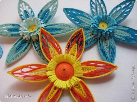 Мастер-класс Квиллинг: Листочки и цветочки на расчёске. Бумажные полосы. Фото 15
