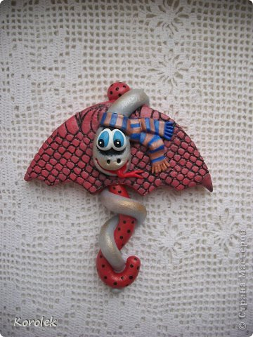Мастер-класс, Поделка, изделие Лепка: Сувенирчики к новому году,змейки на зонтах. Тесто соленое Новый год. Фото 15