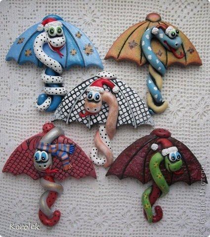 Мастер-класс, Поделка, изделие Лепка: Сувенирчики к новому году,змейки на зонтах. Тесто соленое Новый год. Фото 2