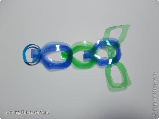 Мастер-класс Моделирование: Ёлочные цепи из пластика. Продолжаем украшать большую ёлку. Бутылки пластиковые Новый год. Фото 7