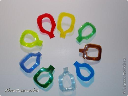 Мастер-класс Моделирование: Ёлочные цепи из пластика. Продолжаем украшать большую ёлку. Бутылки пластиковые Новый год. Фото 8