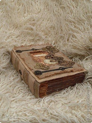 Поделка, изделие, Скрапбукинг: Винтажный мини-альбом Бумага. Фото 7