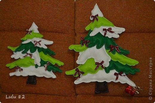 Поделка, изделие: Красивые елочки из фетра + их выкройки.   Ткань Новый год. Фото 1