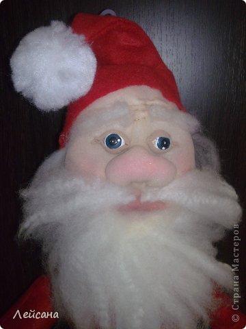 Куклы, Мастер-класс Шитьё: Дед Мороз кукла мини-бар из новогоднего колпака и пластиковой бутылки Клей, Мех, Ткань Новый год. Фото 1