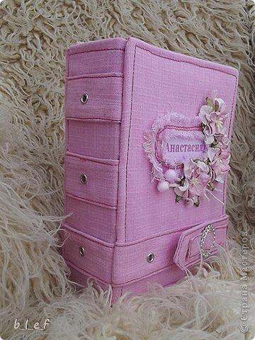 Поделка, изделие, Скрапбукинг: Розовый мини альбом. Фото 3
