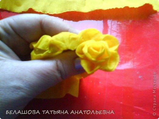 Мастер-класс Бумагопластика: Мастер класс:Как сделать оригинальный подарок. Бумага гофрированная, Бусинки 8 марта. Фото 8