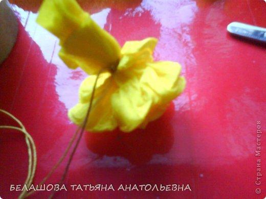 Мастер-класс Бумагопластика: Мастер класс:Как сделать оригинальный подарок. Бумага гофрированная, Бусинки 8 марта. Фото 10