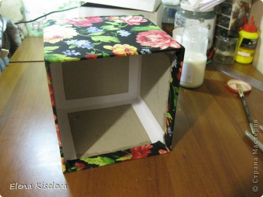 Мастер-класс: Коробочки для хранения салфеток. МК. Бумага, Картон, Клей, Ткань. Фото 14