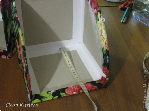 Мастер-класс: Коробочки для хранения салфеток. МК. Бумага, Картон, Клей, Ткань. Фото 25
