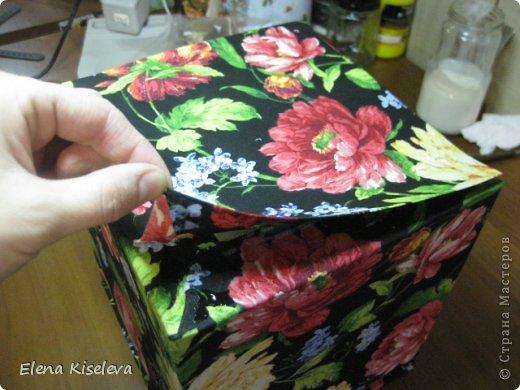 Мастер-класс: Коробочки для хранения салфеток. МК. Бумага, Картон, Клей, Ткань. Фото 17