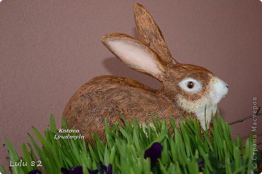 Скоро Пасха, во многих странах символом этого праздника является пасхальный заяц. Вот я и решила его сделать. . Фото 16