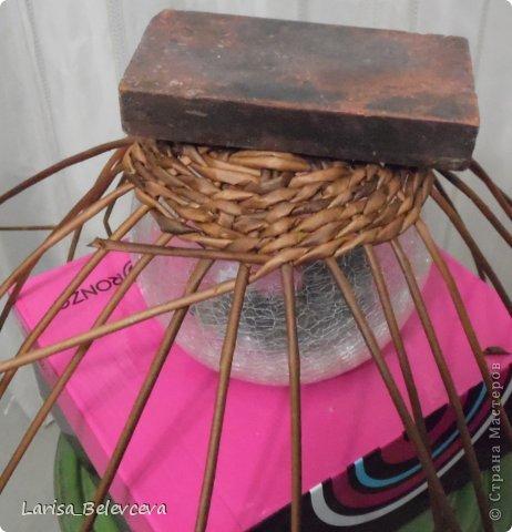 Мастер-класс Плетение: Кувшин руками чайника Бумага газетная, Трубочки бумажные. Фото 4