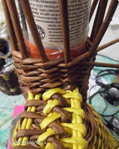 Мастер-класс Плетение: Кувшин руками чайника Бумага газетная, Трубочки бумажные. Фото 20