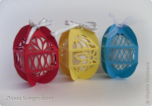 Поделка, изделие, Упаковка Вырезание: Ажурные пасхальные коробочки Бумага Пасха. Фото 1