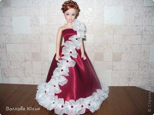 Платье для куклы из атласной ленты своими руками 40