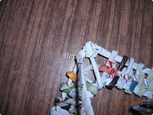 Мастер-класс Плетение: Обещанный МК по плетению рамки из газеты. Бумага газетная Отдых. Фото 16