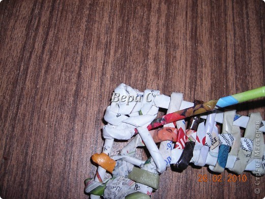 Мастер-класс Плетение: Обещанный МК по плетению рамки из газеты. Бумага газетная Отдых. Фото 18