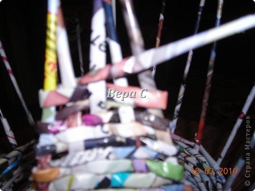 Мастер-класс, Плетение, : МК плетеной курочки к Пасхе под яйца Бумага журнальная Пасха, . Фото 6